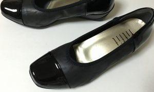 オバサンご用達のラクラク靴、外反母趾にもいい靴見つけました。